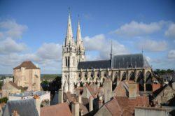 Auvergne-Allier-Moulins-Mal Coiffée-Cathédrale JMT013