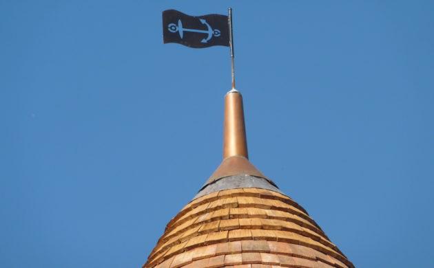 Maison de la Batellerie - Tour et girouette (cliché Christian Oberto)